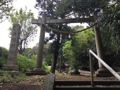 長幡部神社の鳥居