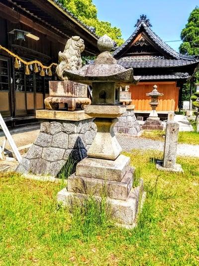 豊石神社の建物その他