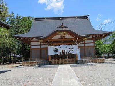 山梨県玉諸神社の本殿