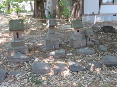 玉諸神社の末社