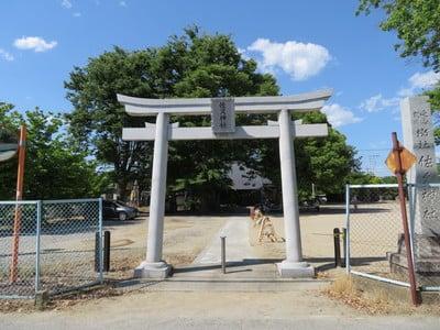 山梨県佐久神社の鳥居