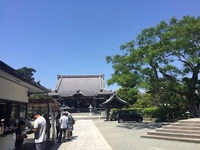 神奈川県本覚寺の本殿