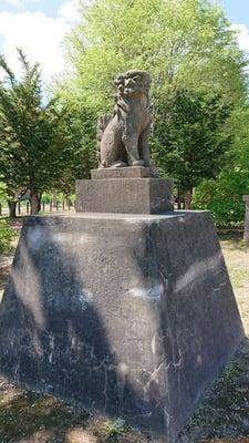 美国神社の狛犬