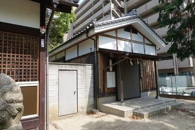 女九神社の建物その他