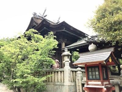 足高神社の本殿