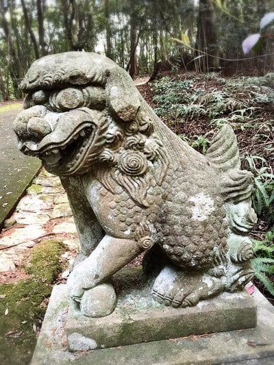 由加山 由加神社本宮の近くの神社お寺 坂手神社