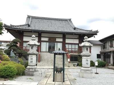 円性寺の本殿
