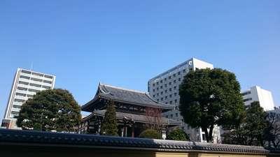 湯島天満宮の近くの神社お寺|霊雲寺
