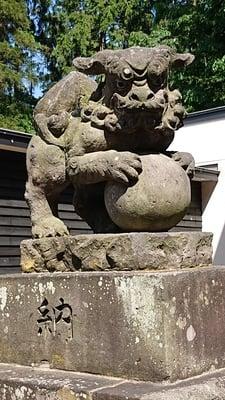 長沼神社(北海道由仁駅) - 狛犬の写真