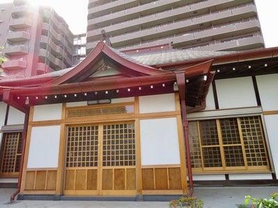 東京都龍光寺の本殿