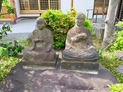 龍光寺の像