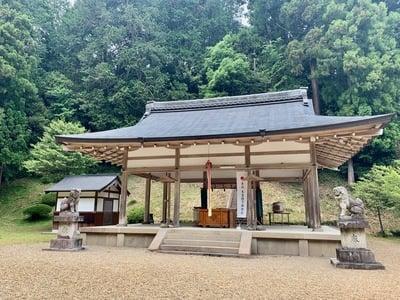 八咫烏神社の本殿