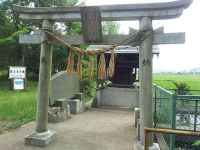 千葉県乳清水神社の鳥居