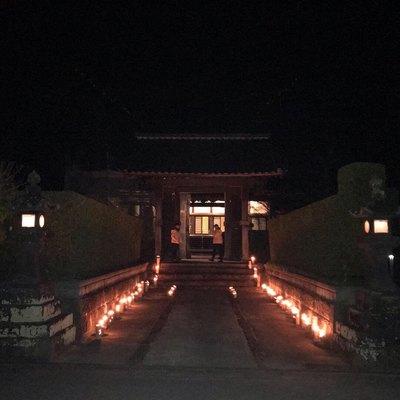 福岡県明願寺の山門