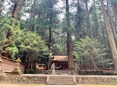 室生龍穴神社の建物その他