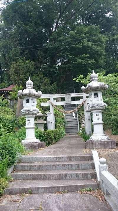 荒川神社の鳥居