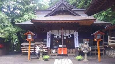 新倉富士浅間神社(山梨県)