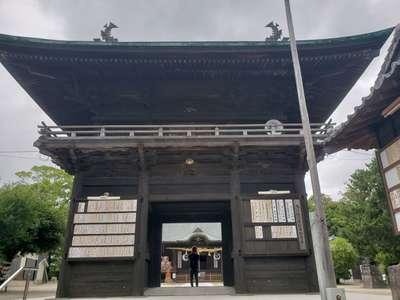 福岡県玉垂宮の山門