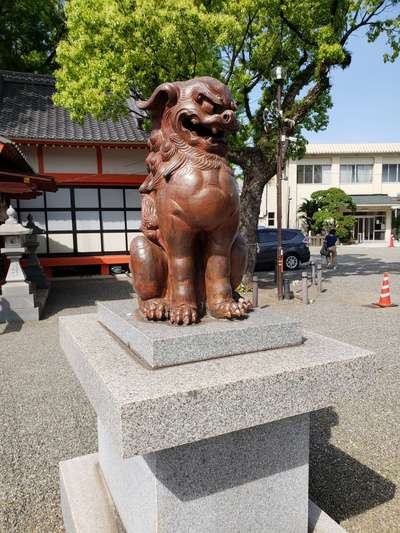 若宮八幡社(大分県古国府駅) - 狛犬の写真