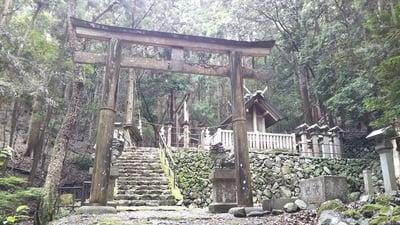 合格神社の鳥居