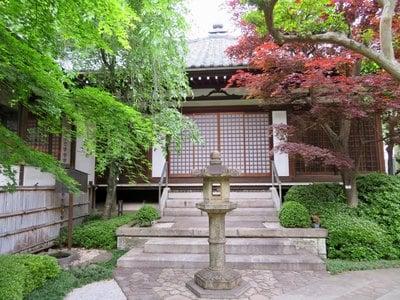 行慶寺の本殿