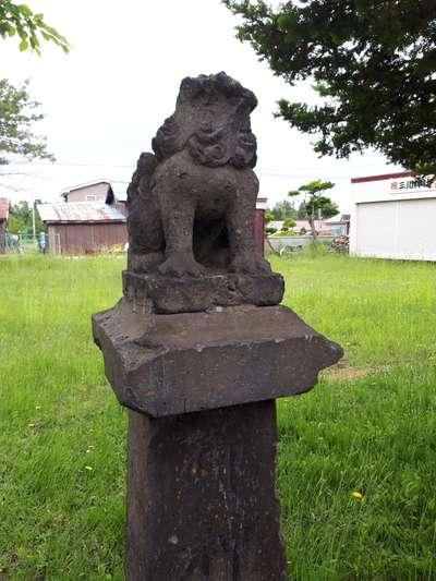 三川神社の狛犬