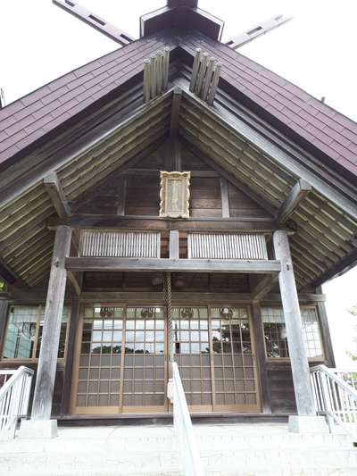 北海道南長沼神社の本殿