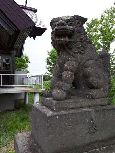 南長沼神社の狛犬