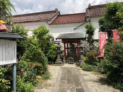 圓養寺の末社
