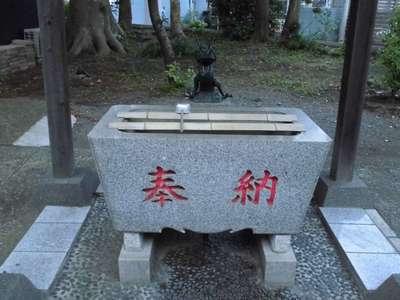神奈川県旭鎮守八幡神社の手水