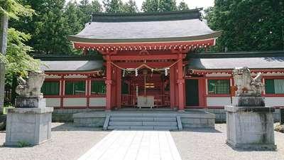 冨士御室浅間神社の本殿