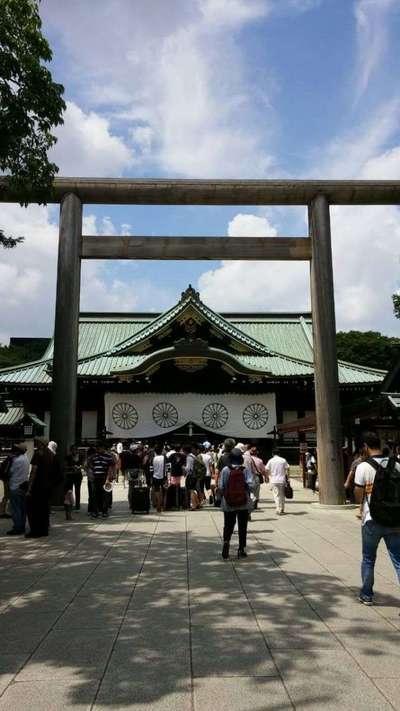 東京都靖国神社の鳥居