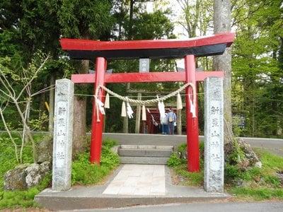 山梨県山神社の鳥居