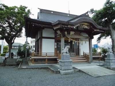 妻田神社の本殿