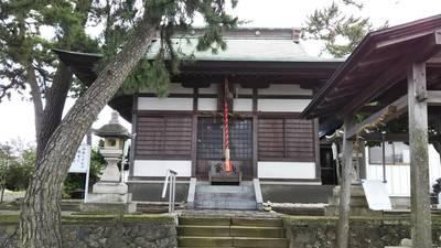 瀬織戸神社の本殿