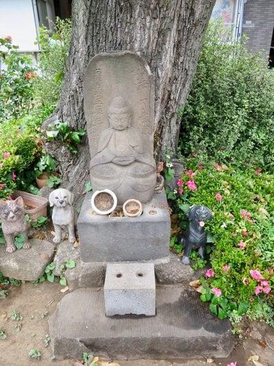 東京都東光寺の像