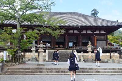 當麻寺の本殿