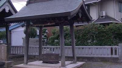 三島神社の手水