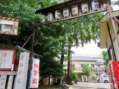 東京都貴船神社の鳥居
