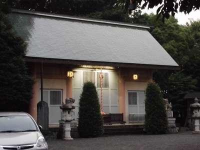 菅谷神社の本殿
