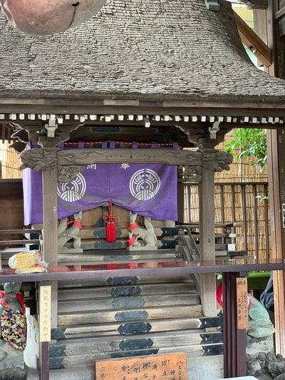 被官稲荷神社(東京都)