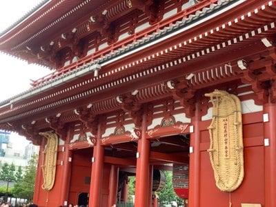 東京都浅草寺の山門