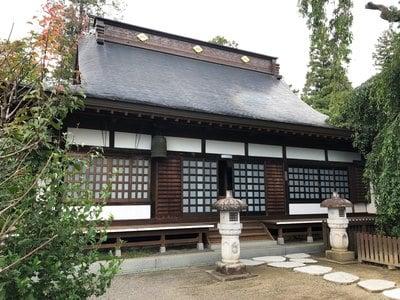 山梨県慈雲寺の本殿