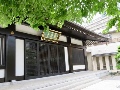 東京都観音寺の本殿