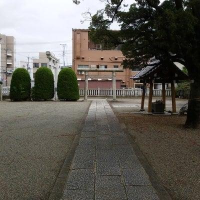 栗原氷川神社の建物その他