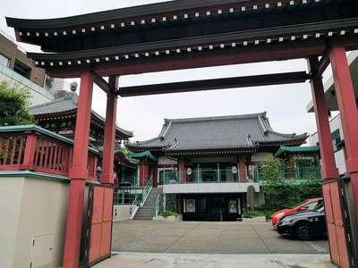 東京都法乗院(深川閻魔堂)の山門
