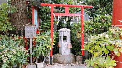 三崎稲荷神社の末社
