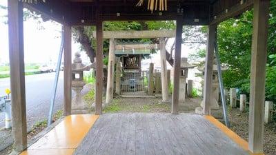 神明社(神明社 白山社合殿)の本殿
