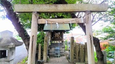 神明社(神明社 白山社合殿)の鳥居