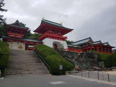 山口県赤間神宮の山門